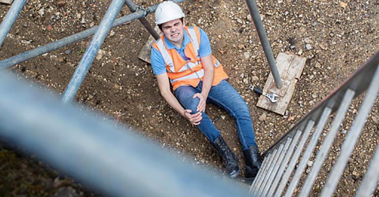 Trabajando en Alturas: ¿Por qué los riesgos de los accidentes laborales aun caen en oídos sordos?